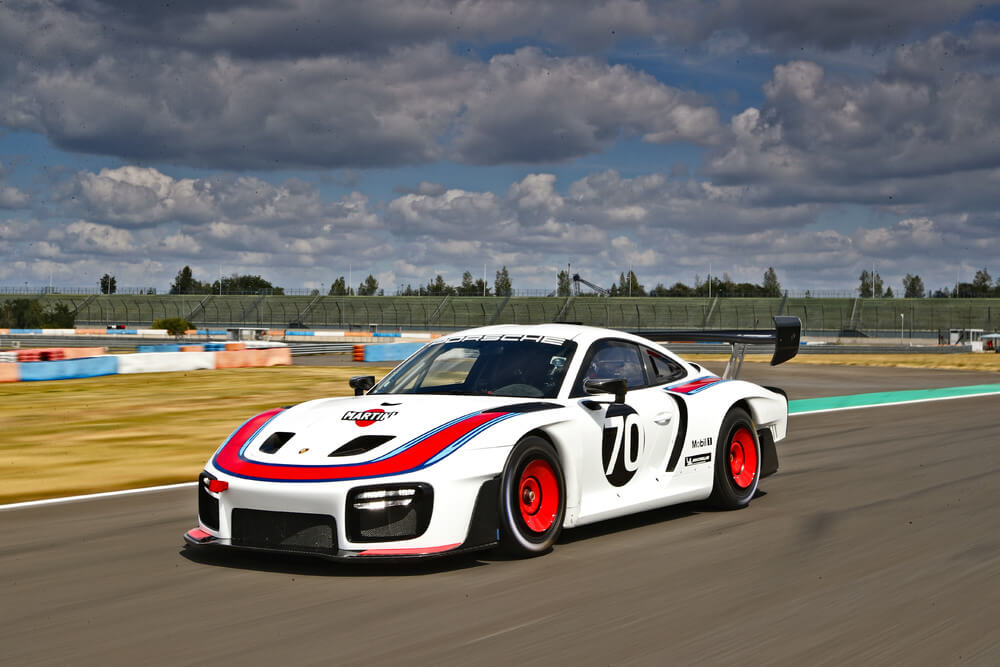 Race debut for the Porsche 911 GT2 RS Clubsport and the Porsche 935